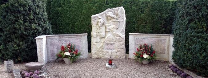 Das Kriegerdenkmal am Irgertsheimer Friedhof