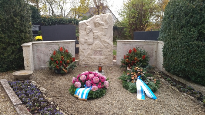 Das Kriegerdenkmal am Friedhof Irgertsheim